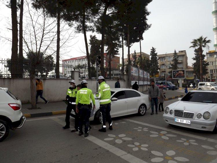 Sokağa Çıkma Kısıtlaması Sona Erdi Nizip'te Caddeler ve Meydanlar Yeniden Hareketlendi