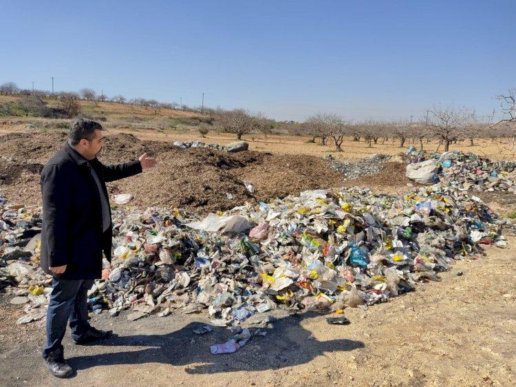 Nizip'te fıstık tarlasındaki atık yığınına tepki